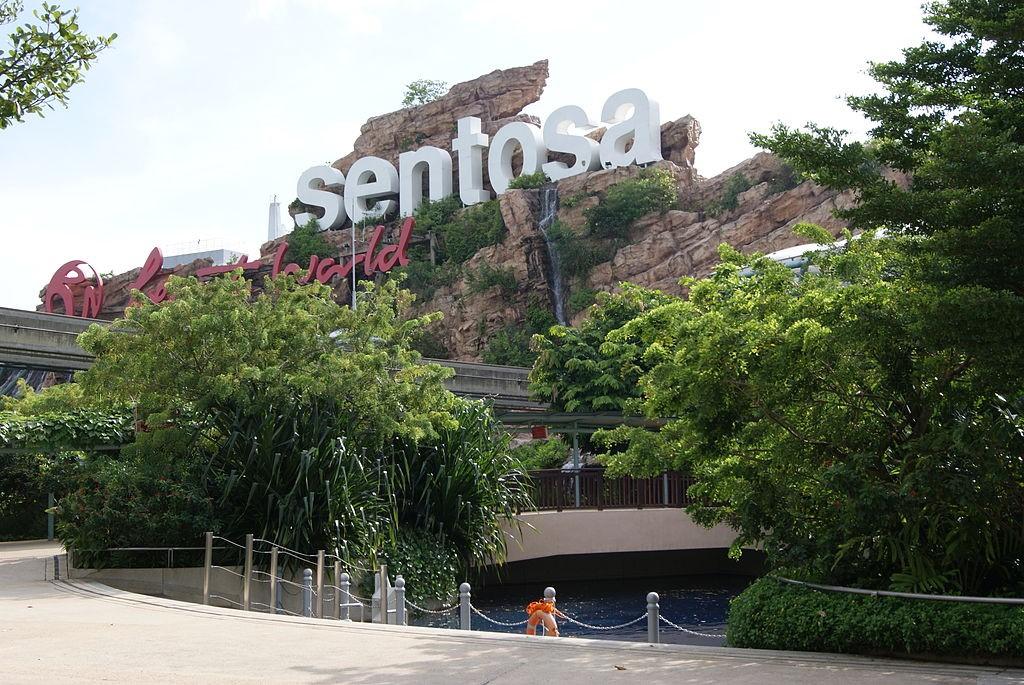 Resorts World Sentosa Chatbot Review